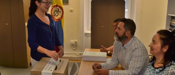Consulado de Colombia en Estocolmo inició el último día de la Consulta Anticorrupción 2018